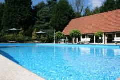 Zwembad aanwezig op het park
